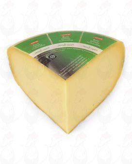Young Gouda Organic Biodynamic cheese - Demeter | 1 kilo / 2.2 lbs